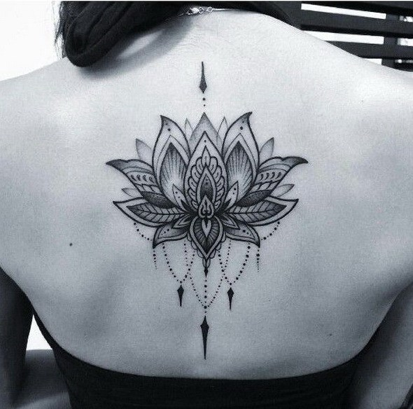 Tatouage Fleur De Lotus 50 Idees Et Photos Sublimes