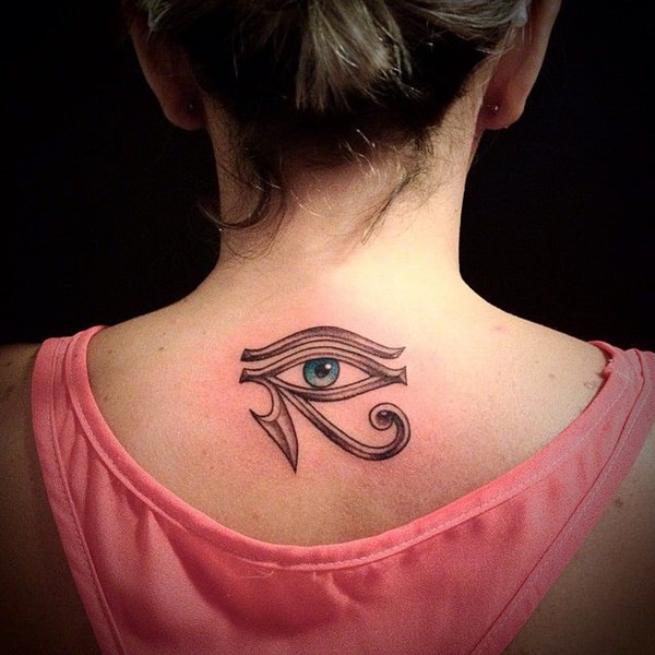 tatouage œil et œil d'horus : 50 photos et la signification !