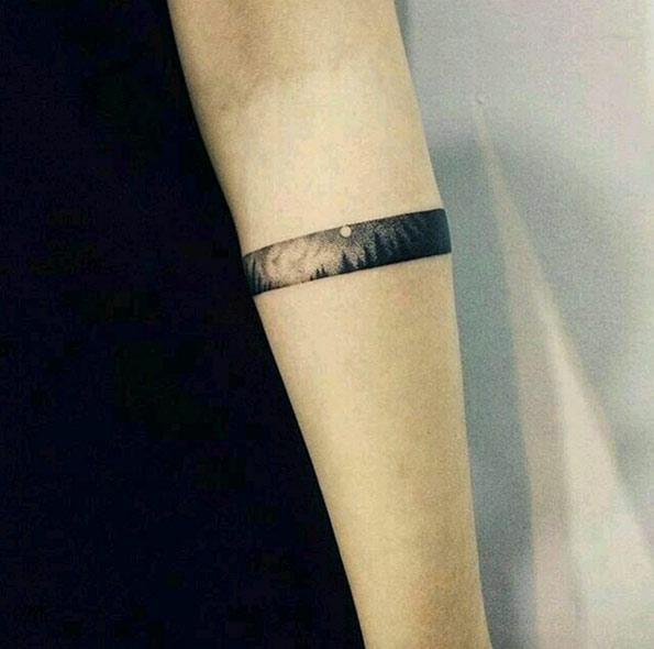 tatouage bracelet homme et femme : 50 idées géniales !