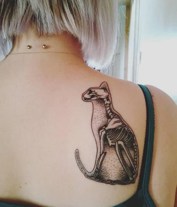 tatouage chat : 50 idées et photos sublimes !